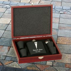Six Piece Flask Set